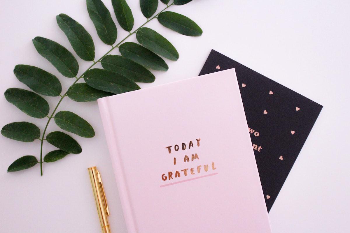 Friendsgiving-Gratitude-Photo by Gabrielle Henderson on Unsplash